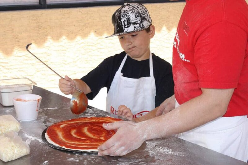 Kids pizza expo 2011 (3)